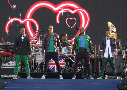 jls at queens diamond jubilee concert 2012