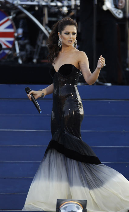 cheryl cole at queen's diamond jubilee concert