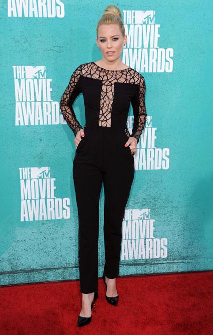 elizabeth banks at the mtv movie awards 2012