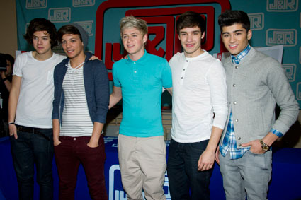 http://images.sugarscape.com/userfiles/image/MARCH2012/Beth/OneDirectionSportRelief.jpg