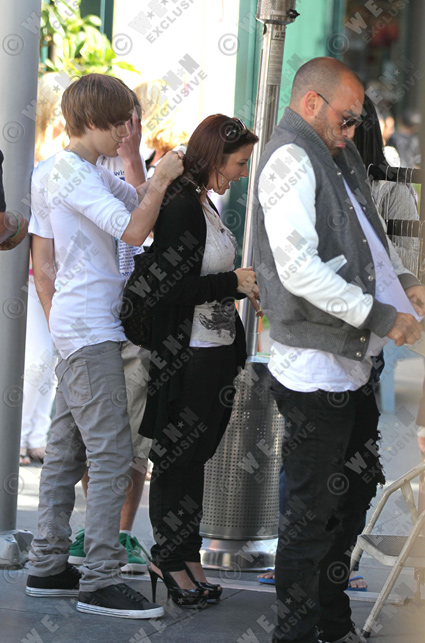 justin bieber bodyguard. Accompanied by a odyguard and