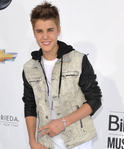 justin bieber reportedly wanted by police