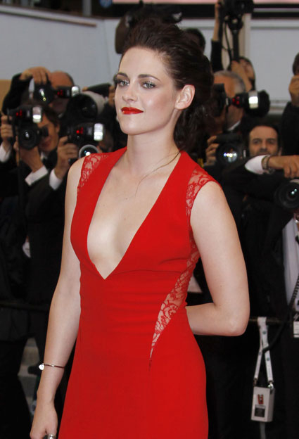 krusten stewart red low cut dress in cannes