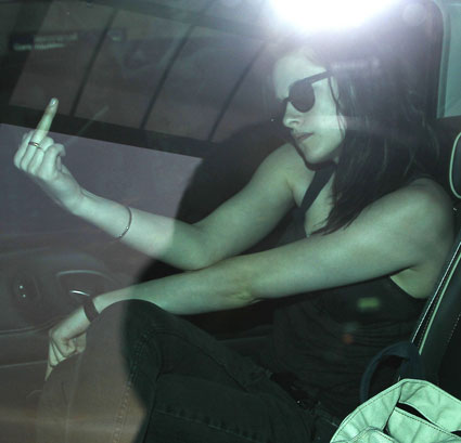 kristen stewart swearing at paparazzi
