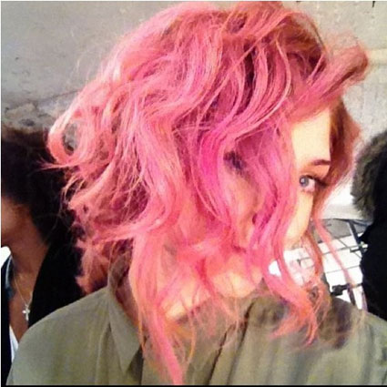 nicola roberts with pink hair