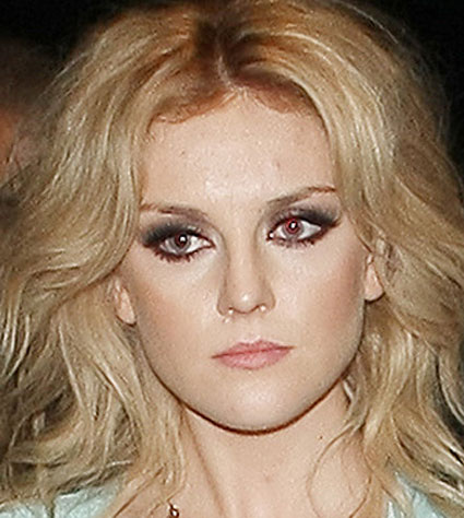 perrie edwards smoky eye