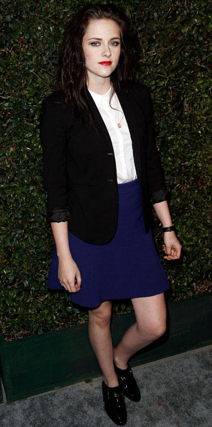 Kristen Stewart wants to play an evil c***
