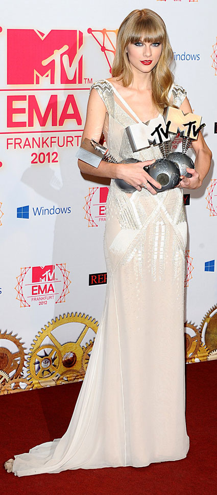 mtv ema 2012 fashion taylor swift