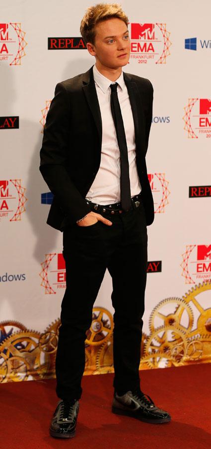 conor maynard mtv emas 2012