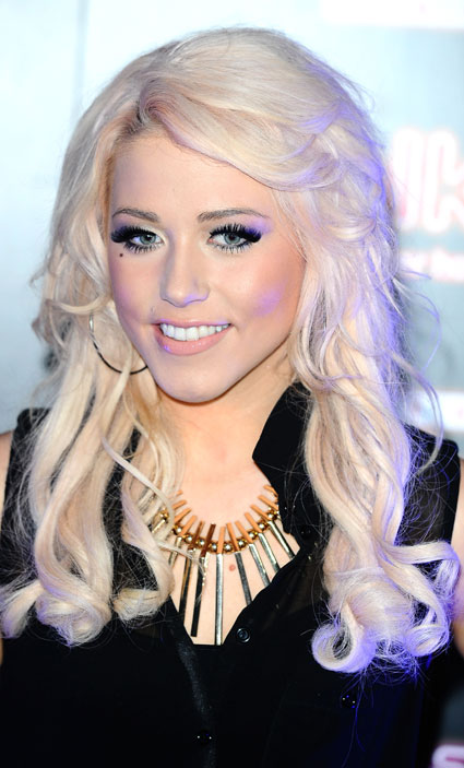 amelia lily shut up video preview