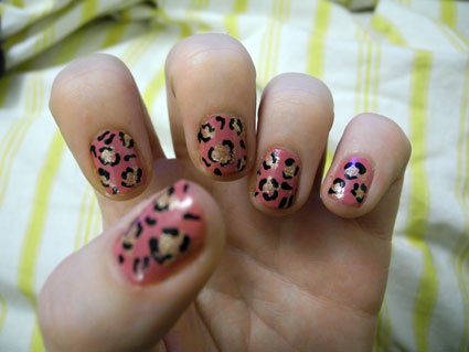 How to: DIY Leopart print nail art