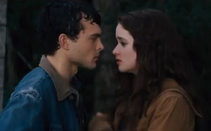 Alice Englert and Alden Ehrenreich get their creep on in the Beautiful Creatures book to movie featurette