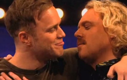 olly murs kisses keith lemon on celebrity juice - watch