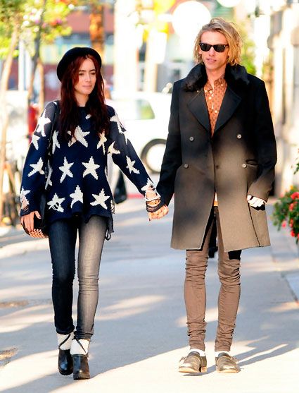 Lily Collins and Jamie Campbell Bower get romantic in Toronto