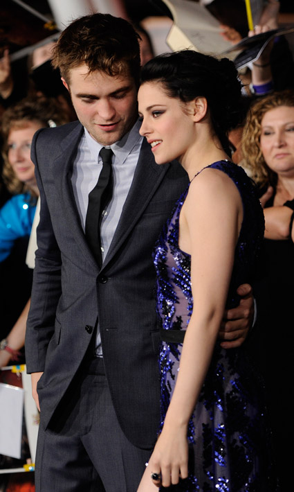 "Robert Pattinson and Kristen Stewart have a ""dramatic makeuop,"" whatever that means"