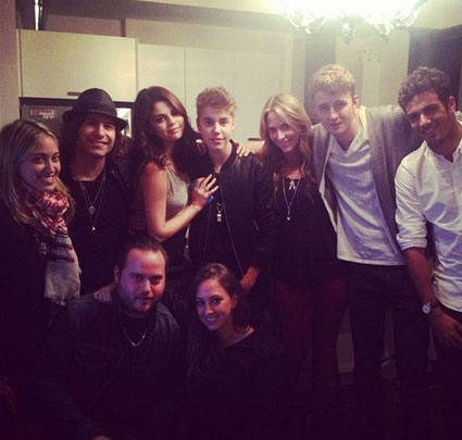 Justin Bieber and Selena Gomez hang out in toronto