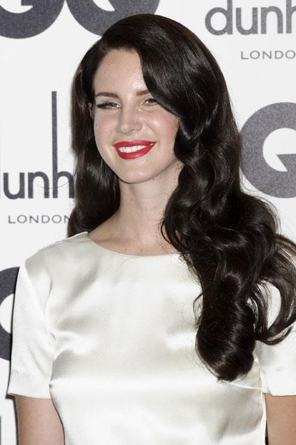 lana del rey new black hair at gq awards 2012