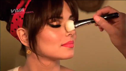 cheryl cole getting her makeup done behind the scenes of under the sun video