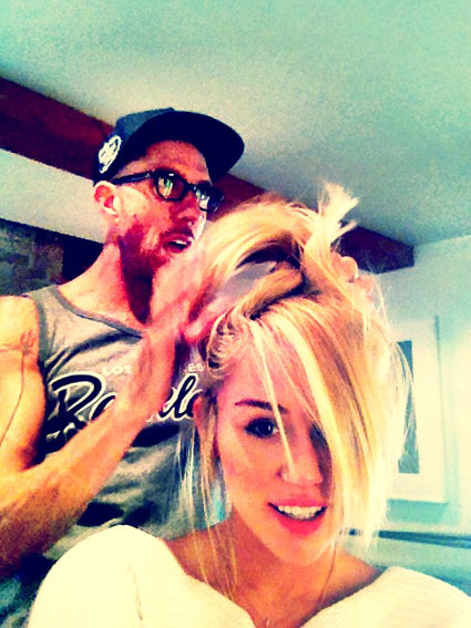 It's the week in celeb pics - Miley Cyrus and her bun