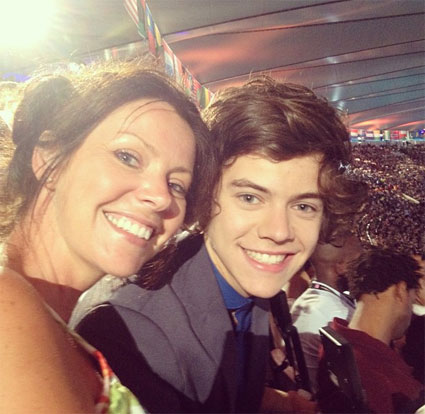 One Direction and their families hit the Olympic closing ceremony