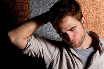 Robert Pattinson writing new music - Could it be about Kristen Stewart?