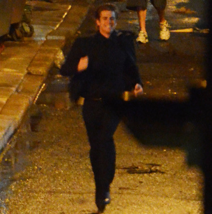 Liam hemsworth being chased on the set of his new film, paranoia