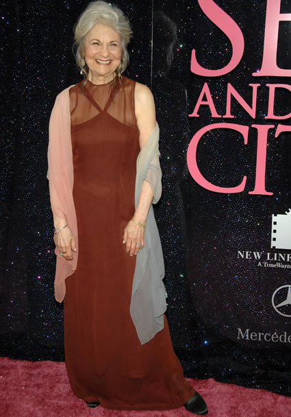 Sex and the city star lynn cohen cast as magda in the hunger games catching fire