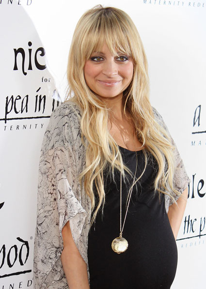 Nicole Richie before with her famous hippy boho blonde hair before her