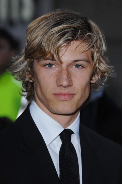 alex pettyfer vanessa hudgens. the hot Alex Pettyfer,