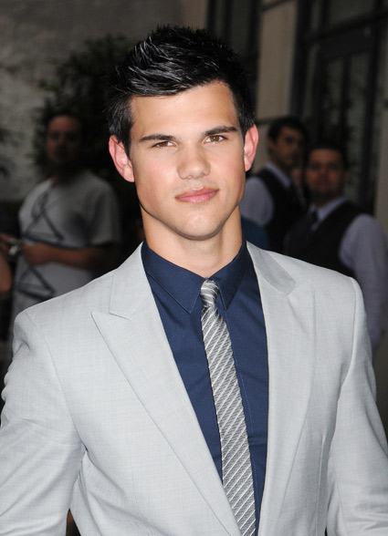 taylor lautner body. Taylor was left speechless