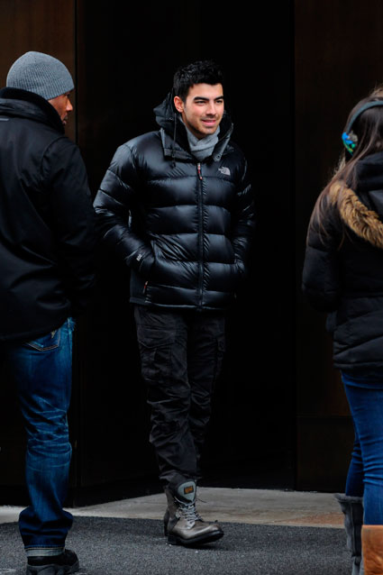 Joe Jonas posing for pictures with fans in New York, Sunday 22nd January 2012
