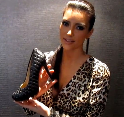 kim kardashian with shoedazzle shoe