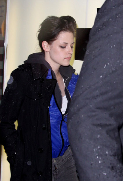 Kristen Seeming Irritated