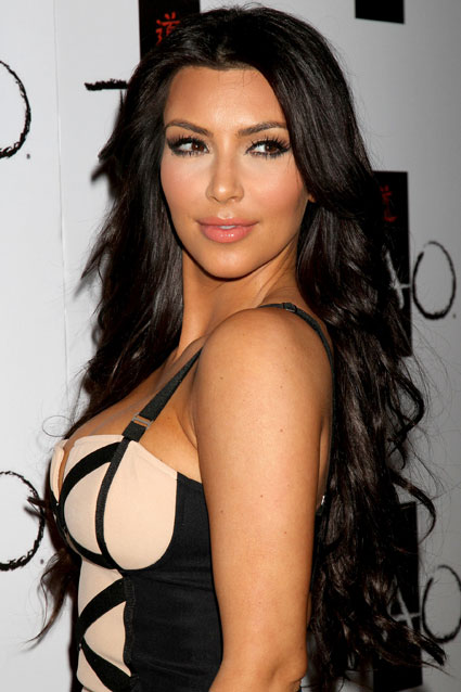 Kim Kardashian's beauty battle: Blonde or brunette?