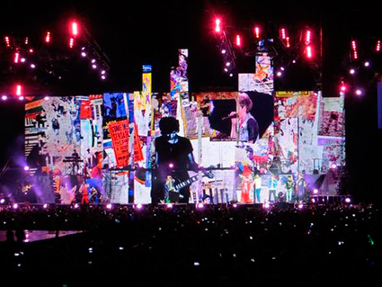 One Direction Where We Are Tour Stage