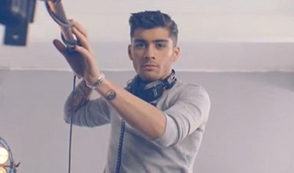 Zayn Malik teases One Direction fragrance Our Moment in new teaser ... | 425 x 251 jpeg 29kB